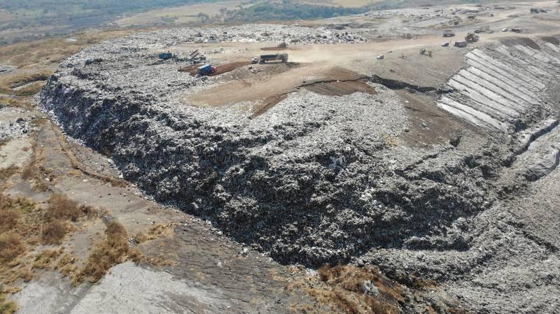 La empresa Caabsa ha sido criticada pues se acusa un mal manejo en la disposición final de los residuos sólidos.